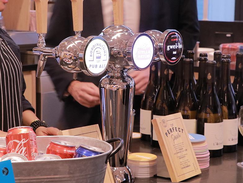 foodfoundry catering services: Beverage Service